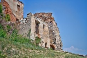 4148335-fortezza-rupea-rovine-in-romania