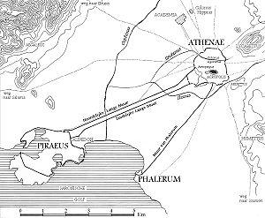 Mappa dell'Antica Atene. L'Accademia è a nord della città.