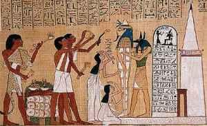 Nel antico rito dell'Apertura della bocca, Anubi, il dio dei morti dalla testa di sciacallo tiene la mummia che riceverà il ba,  il soffio dell'immortalità