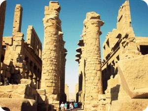 karnak-temple-ii-luxor-egypt-november-2011