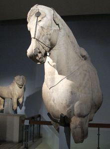 Cavallo dal cochio del Mausoleo di Alicarnasso,  British Museum di Londra
