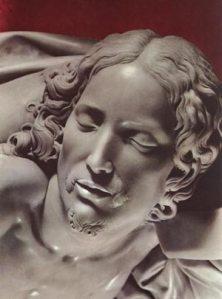 La Pietà, dettaglio con il volto di Cristo.