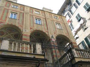 800px-Genova-chiesa_san_pietro_in_banchi (1)
